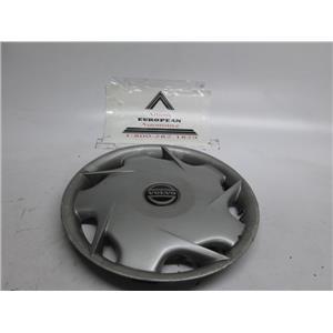 Volvo 960 740 940 wheel hubcap #2