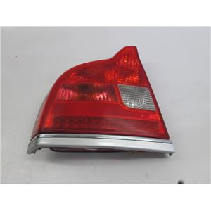 Volvo S80 04-06 left driver side tail light 30634193