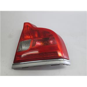 Volvo S80 04-06 right passenger side tail light 30634195