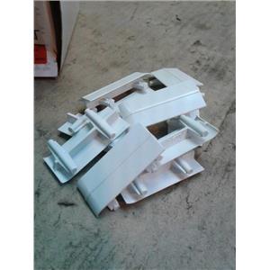 Wiremold 5406TB-WH Twin Channel Base Seam Clip White *Box Of 10*