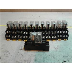 Omron G2R-2-SN-D24VDC Relay 2pole 24vdc 5a w/ socket *LOT OF 12*