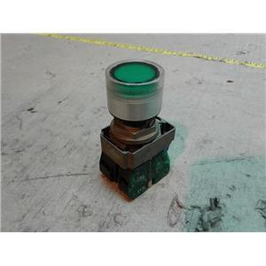 Allen-Bradley 800E-2D0 POWER MODULE 2.6W 250VAC w/ GREEN PUSHBUTTON ILLUMINATED