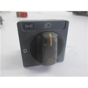 Volvo switch 8601773