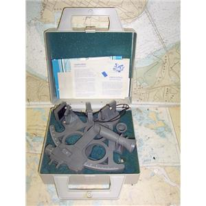 Boaters' Resale Shop of TX 1907 0272.01 DAVIS MARK 25 PLASTIC SEXTANT IN CASE