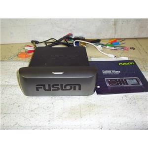 Boaters' Resale Shop of TX 1912 0427.01 FUSION MS-CD600 MARINE FM/CD STEREO ONLY