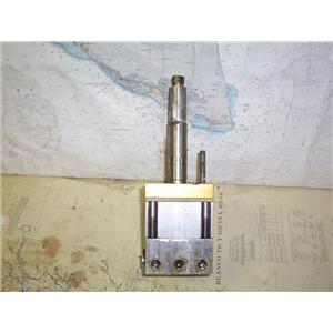 "Boaters' Resale Shop of TX 1912 2721.02 SEASTAR HYDRAULIC HELM PUMP W/ 1"" SHAFT"