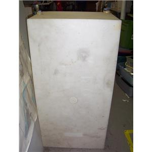 Boaters' Resale Shop of TX 1503 1121.01 COMPOSITE 90 GALLON WATER TANK-18x24x48