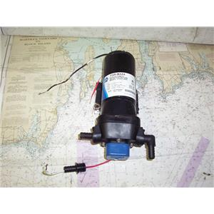 Boaters' Resale Shop Of TX 2002 1521.02 JABSCO 31620-0092 WATER SYSTEM 12V PUMP