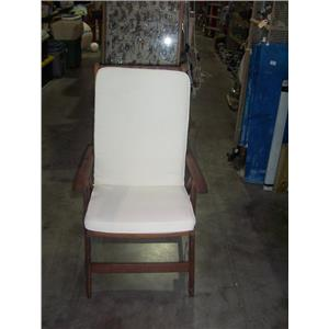 Boaters' Resale Shop of TX 2008 0424.05 ROYAL TEAK FOLDING DECK CHAIR W/ CUSHION