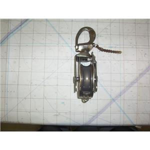 "Boaters' Resale Shop of TX 2008 1524.05 SCHAEFER SNATCH BLOCK FOR 3/4"" LINE"