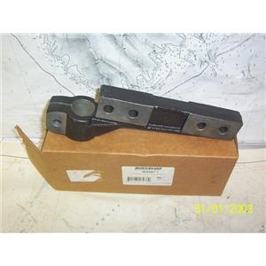 Boaters' Resale Shop of TX 2106 0757.25 QUICKSILVER 805496T 1 STARBOARD BRACKET