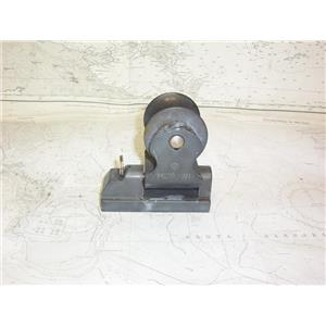 """Boaters' Resale Shop of TX 2109 0442.07 MERRIMAN JIB LEAD CAR FOR 1-1/4"""" TRACK"""
