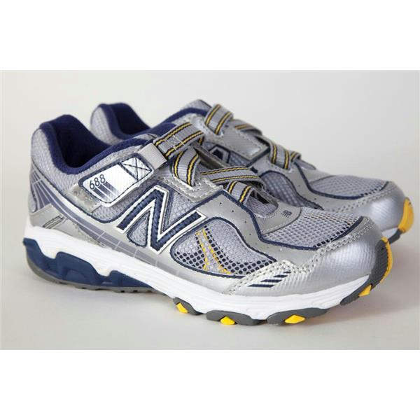 New Balance 688 Boys Shoes 3M