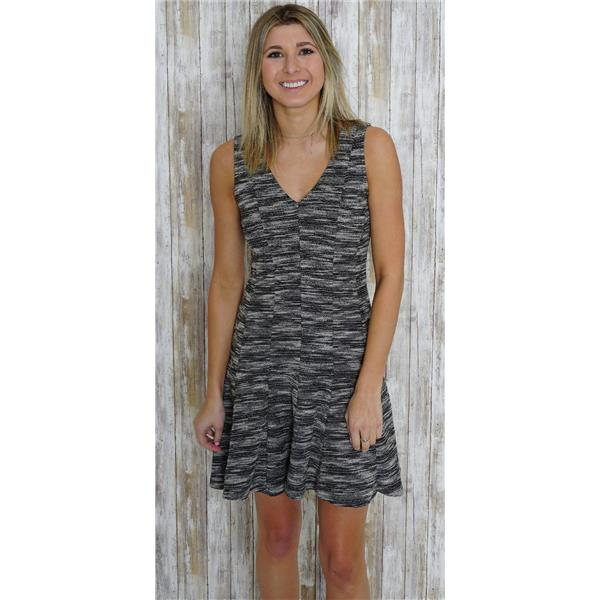 2f91f588cc Sz 2 Banana Republic Black/White Marled Tweed Fit And Flare V-Neck Panel  Dress . Cash in the Closet