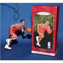Hallmark Series Ornament 1999 Hoop Stars #5 - Scottie Pippen - #QXI4177
