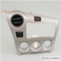 09 10 Pontiac Vibe Radio Climate Dash Trim Bezel with Vent, Hazard, Indicator
