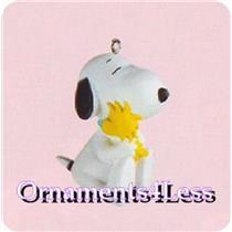 2000 A Snug Hug - Peanuts - QEO8424