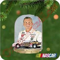 2001 Dale Jarrett - Nascar Racing - QXI5205 - WORN BOX