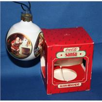 1986 Coca Cola Santa - QXO2796 - DB WITH NO TAG