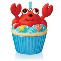 Hallmark Series Ornament 2015 Keepsake Cupcakes #1 - A Little Crab Cake #QHA1036