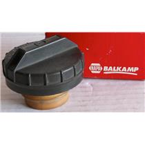 NAPA BALKAMP GAS CAP 703-123, UNIVERSAL FITMENT, NEW IN BOX