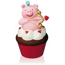 Hallmark Series Ornament 2016 Keepsake Cupcakes #7 - Little Cupiggy - #QHA1042