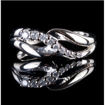 14k White Gold Round Cut Graduated Diamond Ring .20ctw