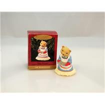 Hallmark Keepsake Ornament 1993 Momma Bearinger - The Bearingers - #XPR9745-DBNT