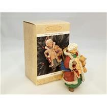 Hallmark Keepsake Ornament 1996 Mrs Claus - Folk Art Americana - #QK1204-SDB