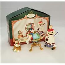 Hallmark Club Ornament 2001 Lettera, Globas and Mrs Claus - Set of 3 - #QC2001