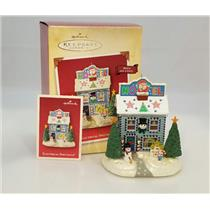 Hallmark Magic Ornament 2004 Electrical Spectacle - Light & Sound - #QLX7624-SDB