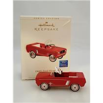 Hallmark Ornament 2006 Kiddie Car Classics #13 - 1964 1/2 Mustang - #QX2343-DB