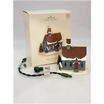 Hallmark Ornament 2007 Candlelight Services #10 - Chapel in the Woods - #QX7029