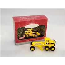 Hallmark Keepsake Ornament 1998 Tonka Road Grader - Tonka Trucks - #QX6483