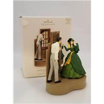 Hallmark Magic Ornament 2007 Scarlett O'Hara and Rhett Butler - GWTW QXI4177-DB