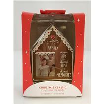 Carlton Heirloom Ornament 2018 Family - Gingerbread House Photo Holder #CXOR015O