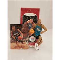 Hallmark Series Ornament 1998 Hoop Stars #4 - Grant Hill - Pistons - #QXI6846