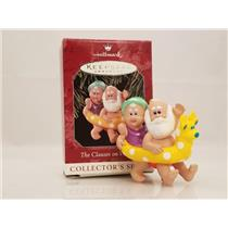 Hallmark Ornament 1998 The Clauses on Vacation #2 - Mr and Mrs Claus - #QX6276