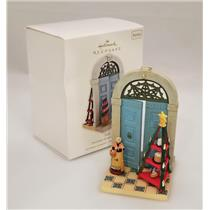 Hallmark Series Ornament 2010 Doorways Around the World #4 - Italy - #QX8443-DB