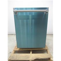 """Thermador Star-Sapphire Glow Series 24"""" Integrated Dishwasher DWHD860RFP"""