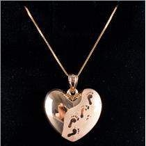 "14k Yellow Gold ""Footprints In The Sand"" Heart Pendant W/ 18"" Chain 1.7g"