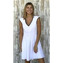 NWT 6 Nanette Lepore White w/ Black Trim V-Neck Sleeveless Skater Moonwalk Dress