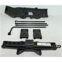 2006-2010 Hummer H3 Back Door Jack Assembly w/ Lug Wrench, Rods & Tool Bag Case