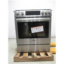 "Bosch 800 Series 30"" 18000 BTU Burner 4.8 cu. ft Slide-In Gas Range HGI8054UC (10)"