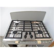 """Bosch 500 Series 30"""" SS 4 Sealed Burner Low-Profile Gas Cooktop NGM5055UC"""