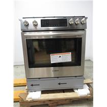 "Bosch 800 Series 30"" 18000 BTU Burner 4.8 cu. ft Slide-In Gas Range HGI8054UC (13)"