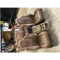 2003-2007 Ford F350 King Ranch seats out of a crew cab as72901