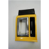 06-07 Dodge Magnum Charger Auto Shift Floor Bezel Daytona Yellow Edition