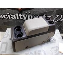 2009 - 2011 FORD F150 XLT LARIAT CENTRE SEAT CONSOLE (STONE) GREY COLOUR