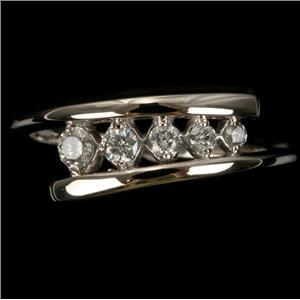 Ladies 10k White Gold Five Stone Round Cut Diamond Ring .25ctw